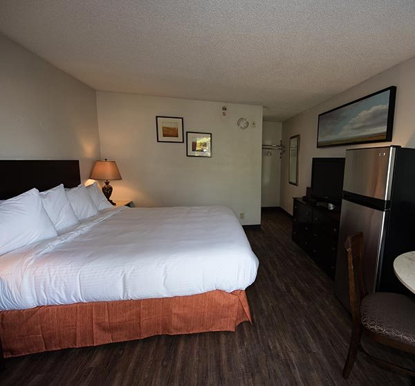 Extend-a-Suites - Columbus Executive Suite Double Queen